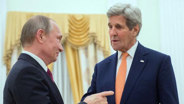 Президент России Владимир Путин и государственный секретарь США Джон Керри во время встречи в Москве. 24 марта 2016