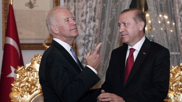Вице-президент США Джо Байден и президент Турции Тайип Эрдоган