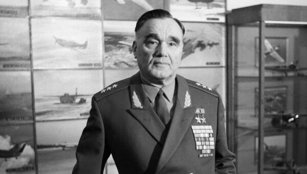 Cоветский авиаконструктор Александр Яковлев