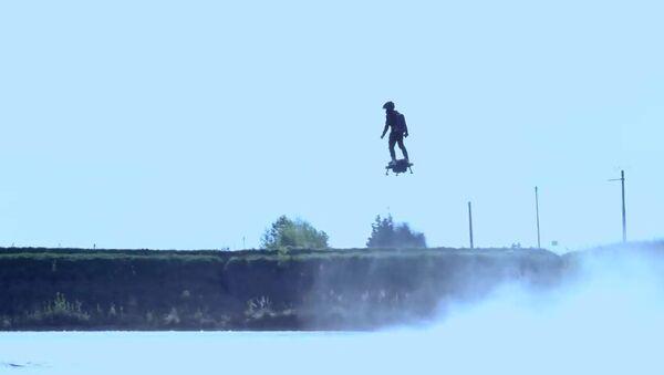 В Франции испытан прототип реактивного ховерборда