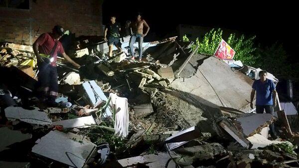 Последствия землетрясения в Эквадоре, 16 апреля 2016