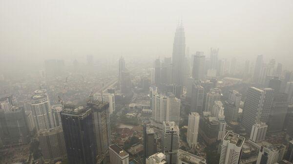 Куала-Лумпур вид на город. Архивное фото