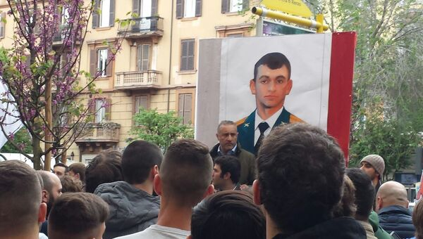 Участники антитеррористической манифестации в Риме почтили память Александра Прохоренко