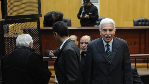 Бывший премьер-министр Египта Ахмед Назыф в суде Каира. Архивное фото