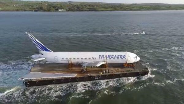 Самолет Трансаэро уплыл в Ирландию