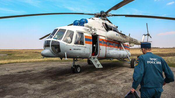 Пожарный вертолет МЧС России. Архивное фото