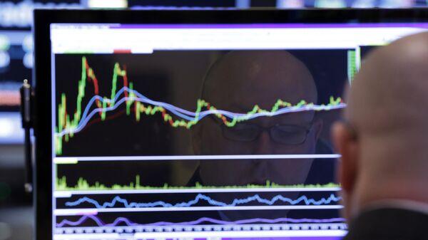 Работа Нью-Йоркской фондовой биржи. Архивное фото