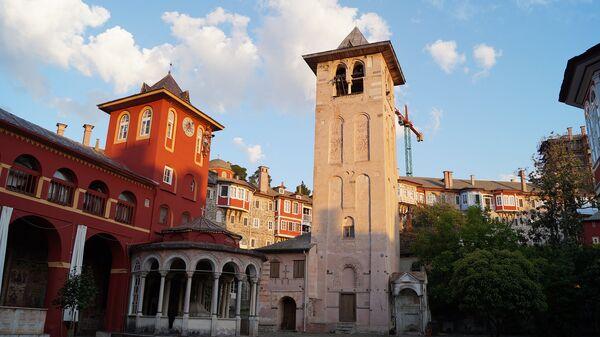 Афон. Ватопедский монастырь. Архивное фото