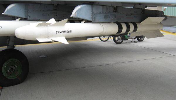 Управляемая ракета класса воздух-воздух малой дальности Р-73. Архивное фото