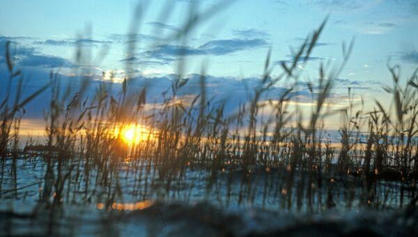 Закат на Сямозере. Архивное фото