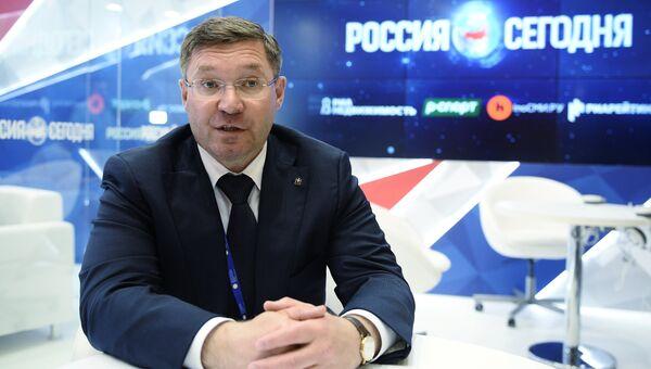 Губернатор Тюменской области Владимир Якушев в павильоне МИА Россия сегодня