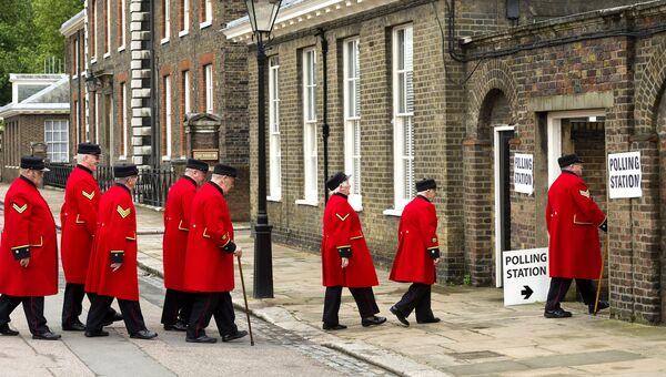 Голосование на референдуме по сохранению членства Великобритании в Европейском Союзе. Архивное фото