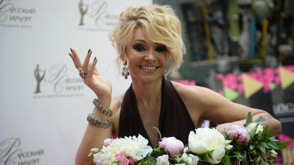 Певица Анжелика Агурбаш на праздновании юбилея благотворительного фонда Татьяны Михалковой Русский Силуэт