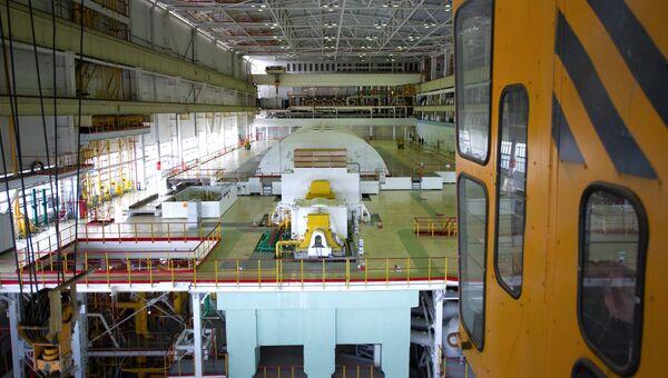 Машинный зал АЭС. Архивное фото