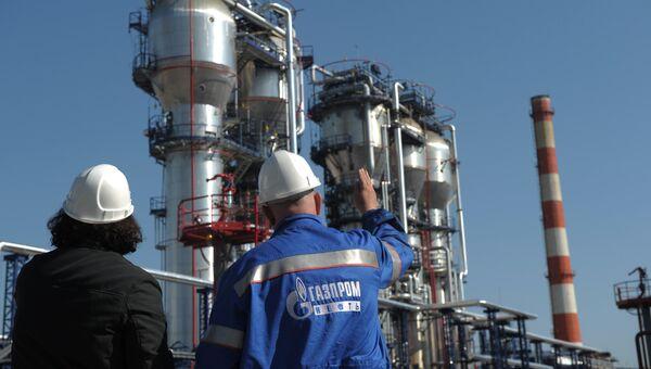 Нефтеперерабатывающий завод ОАО Газпром нефть. Архивное фото