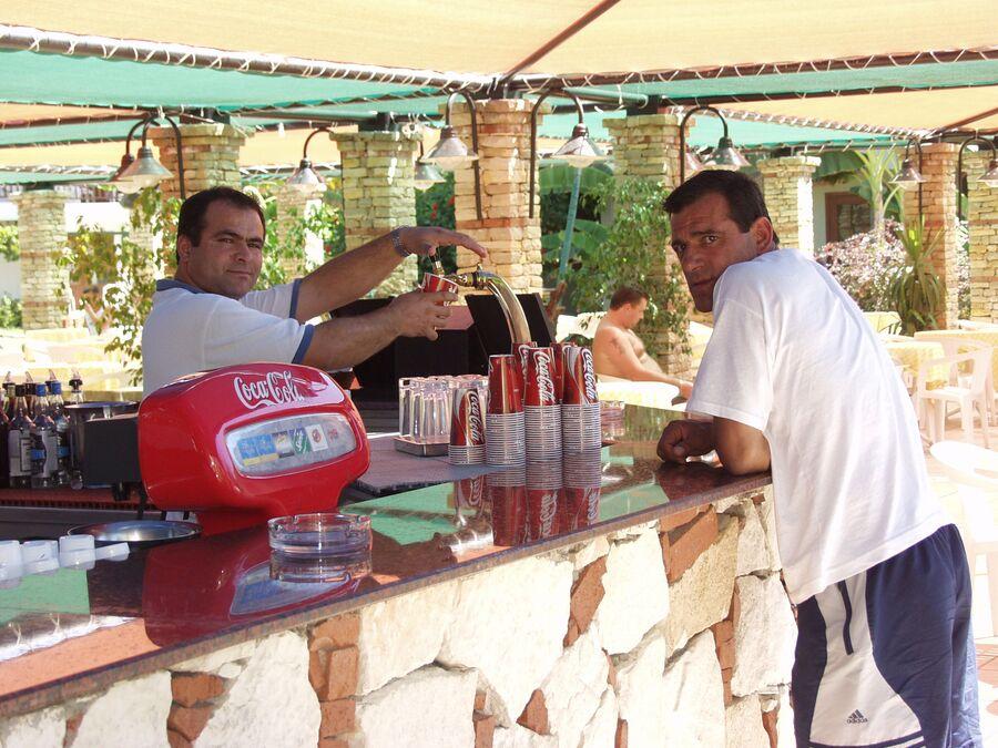 Обслуживающий персонал в отеле Алании (Турция)