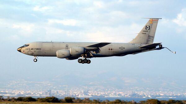 Американский самолет КС-135А