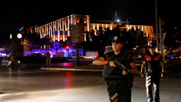 Сотрудники турецкой полиции