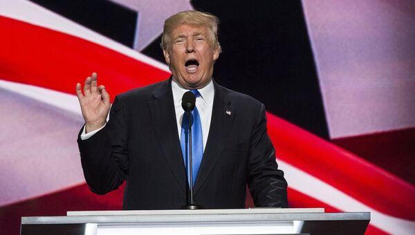Кандидат в президенты США Дональд Трамп выступает на общенациональном съезде Республиканской партии в Кливленде.Архивное фото