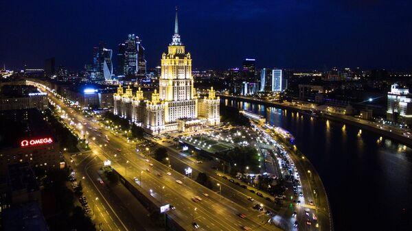 Гостиница Radisson Royal Moscow на Кутузовском проспекте в Москве. Архивное фото