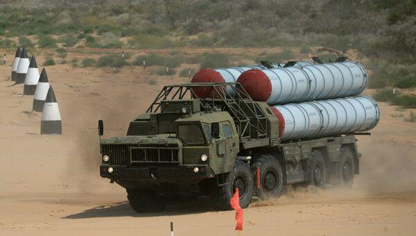 Зенитный ракетный комплекс С-300ПС. Архивное фото