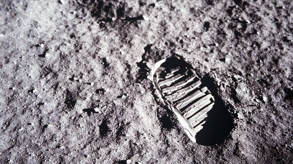 След американского астронавта Базза Олдрина во время миссии Аполлон-11 на Луне