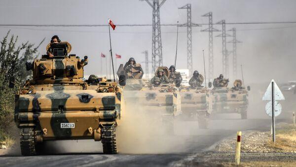 Армия Турции при поддержке международной коалиции воздушных ударов начала операцию с участием истребителей и элитных сухопутных войск против ИГ (ДАИШ)
