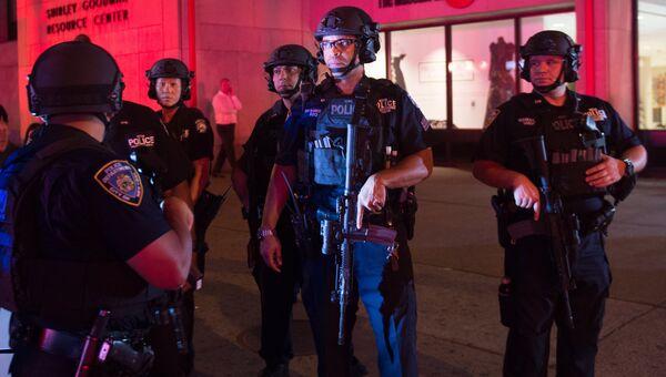 Сотрудники полиции в Нью-Йорке, США. Архивное фото