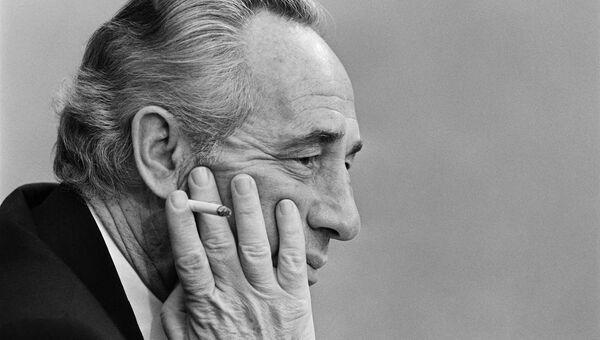 Старейший израильский политик и государственный деятель Шимон Перес. 1981 год