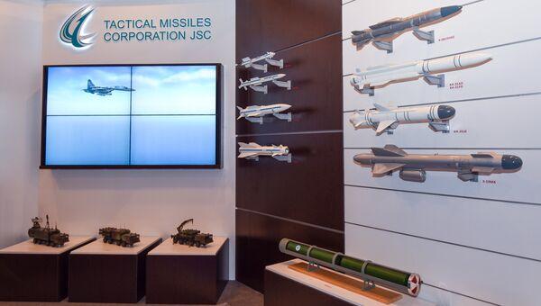 Стенд российской компании Tactical Missiles Corporation на выставке вооружений и боевой техники ADEX-2016 в Баку