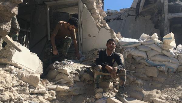 Бойцы сирийской армии в Алеппо. Архивное фото