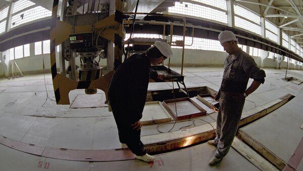 Хранилище отходов ядерного топлива Красноярского горно-химического комбината в городе Железногорске. Архивное фото