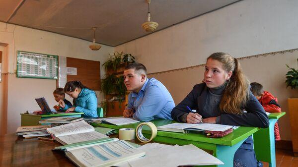 Урок математики в школе села Сенное в Брянской области