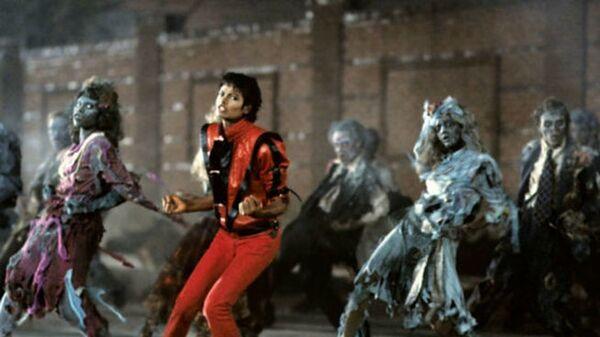Клип Thriller
