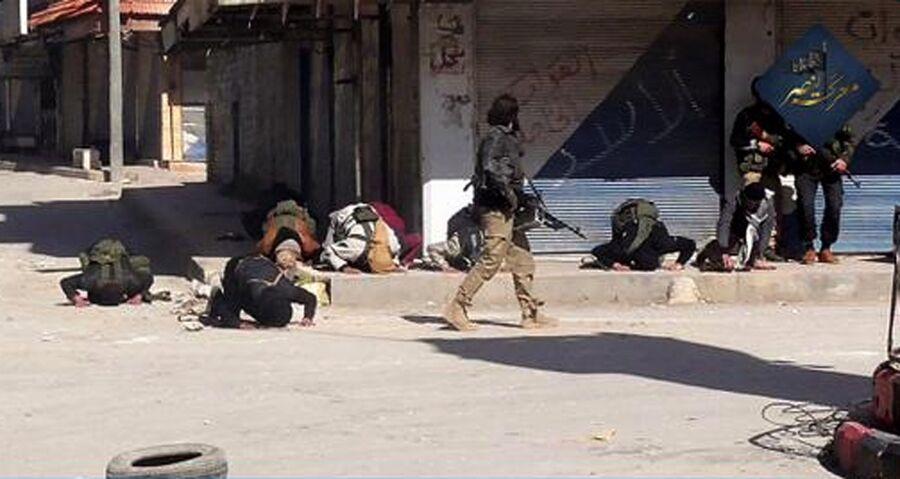 Боевики террористической организации Джебхат ан-Нусра (террористическая организация, запрещенная в России) в провинции Идлиб, Сирия