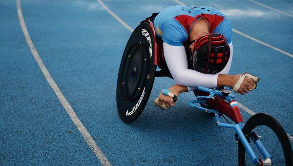 Спортсмен на Всероссийских паралимпийских соревнованиях. Архивное фото