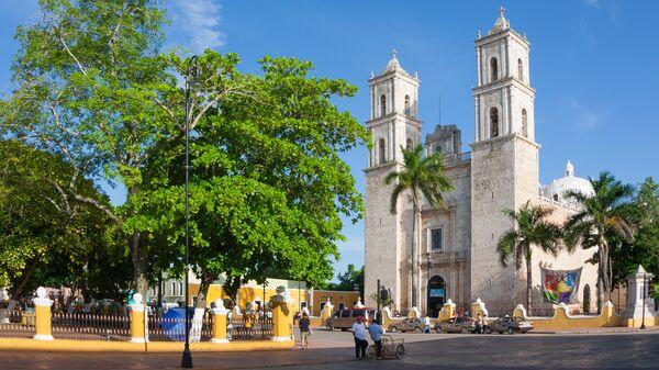 Мерида Собор Туры, Мексика