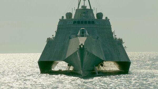 Корабль прибрежной зоны ВМС США LCS-6 Montgomery (Монтгомери) . Архивное фото.
