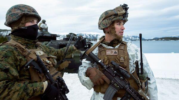 Американские морские пехотинцы во время учений Cold Response 2016 на военной базе Вернес в Норвегии. Архивное фото