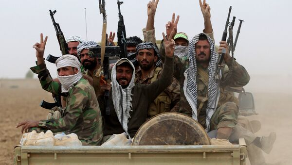 Иракские шиитские ополченцы. Архивное фото