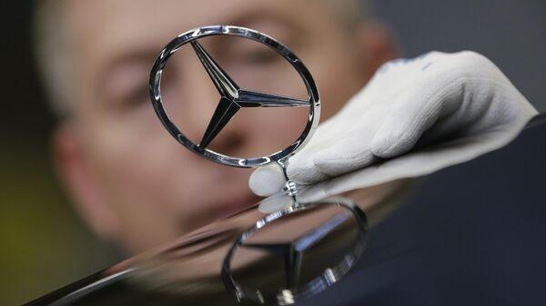 Завод Mercedes. Архивное фото
