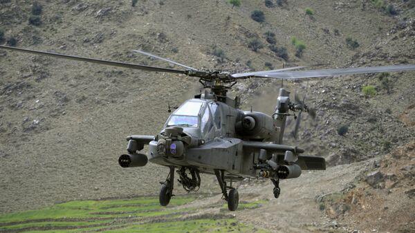 Американский вертолет AH-64 Apache. Архивное фото