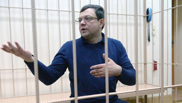 Заместитель губернатора Кемеровской области Александр Данильченко в Центральном районном суде Новосибирска. 15 ноября 2016
