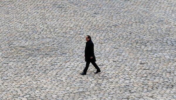 Президент Франции Франсуа Олланд в Париже. Архивное фото
