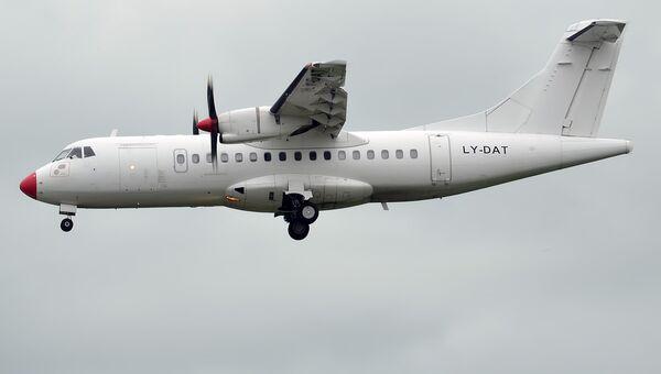 Самолет ATR 42. Архивное фото