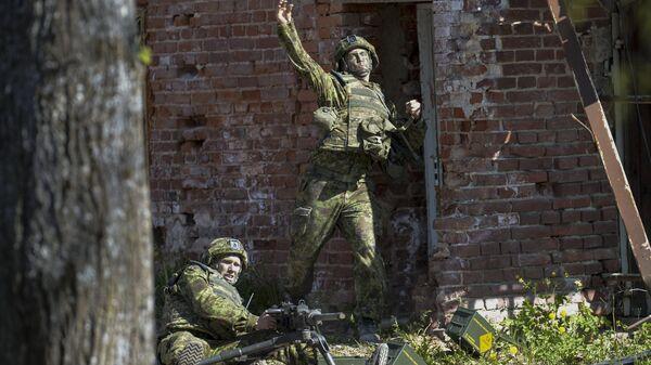 Силы обороны Эстонии во время военных учений Весенний шторм