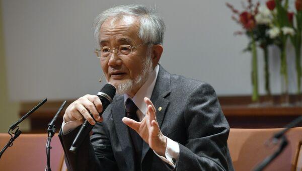 Лауреат нобелевской премии по медицине, профессор Йошинори Осуми в Каролинском институте Стокгольма, Швеция. 7 декабря 2016