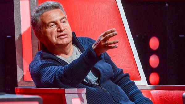 Леонид Агутин на шоу Голос