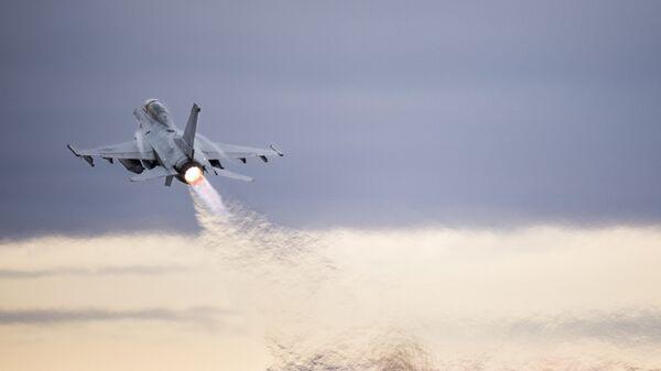 Истребитель F-16 ВВС Южной Кореи