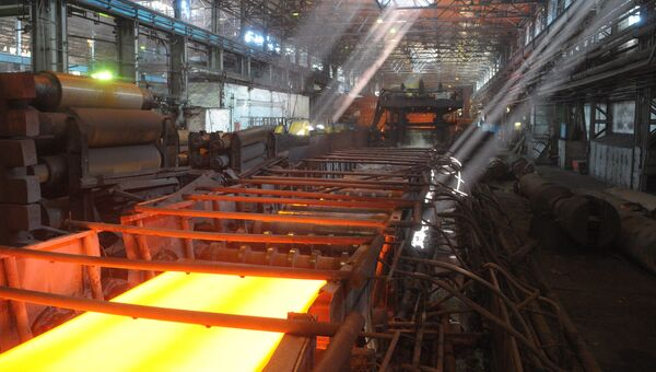 Листопрокатный стан в цехе Ашинского металлургического завода